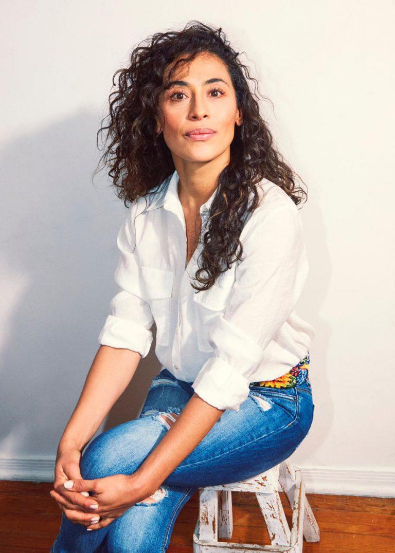 Vicky Araico 8